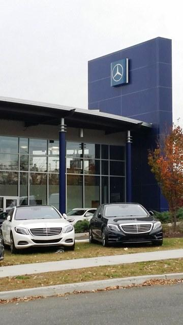 Commercial swartz architecture for Mercedes benz dealers in ct